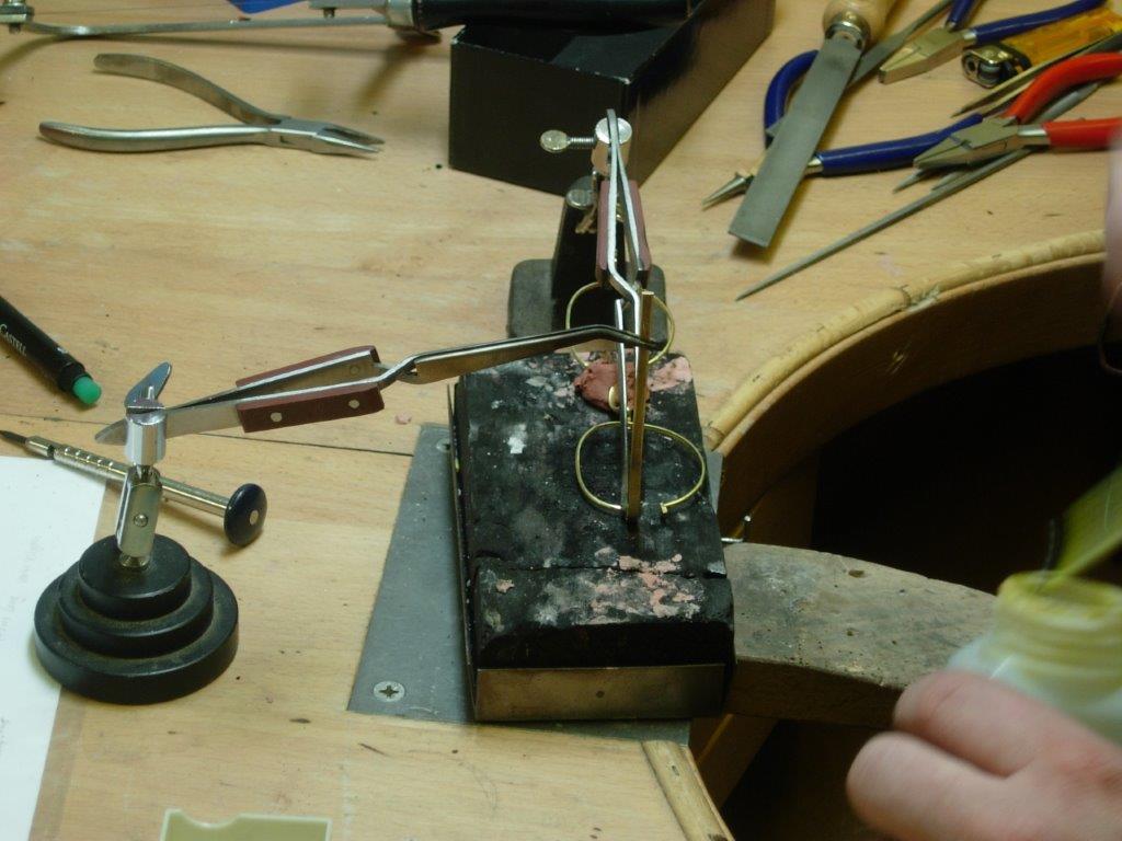 Brillenherstellung Rahmenbau