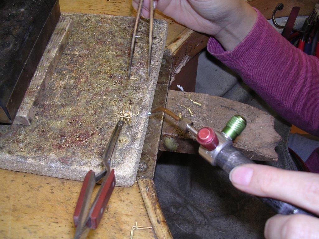 Goldbrillen Making Of Goldverzierung